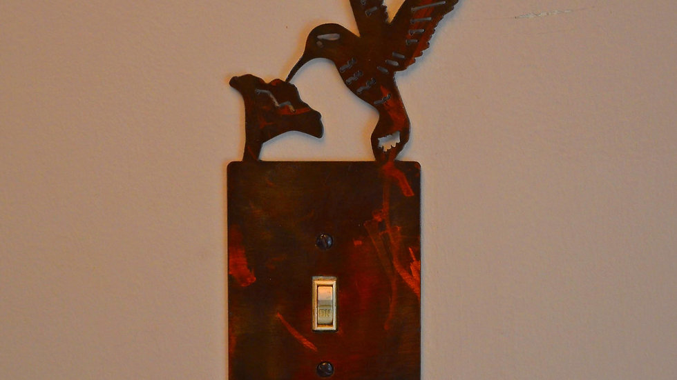 Hummingbird Single-Toggle Switch Plate