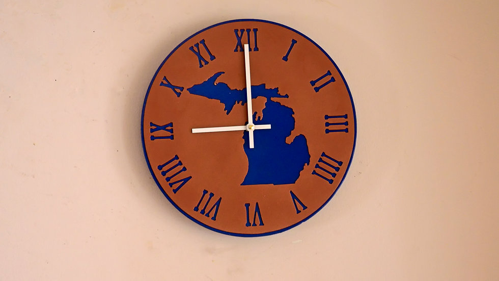 Great Lakes Roman Numeral Clock Contemporary Hands
