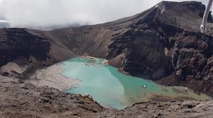 Посещенное судьями Камчатского края Озеро в вулканическом кратере сопки Горелая