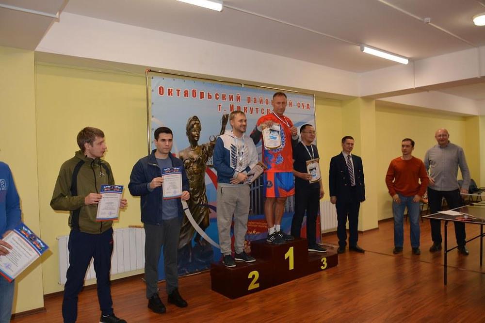 Награждение победителей турнира по настольному теннису