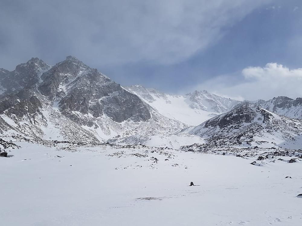 горный массив Саян, где расположена Мунку-Сарды