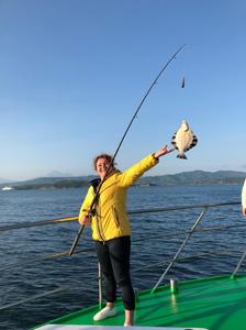 Судья РФ на рыбалке в Тихом океане около осторовов