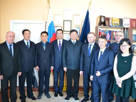 Встреча с сотрудниками прокуратуры и полиции города Няньцзин провинции Цзянсу КНР