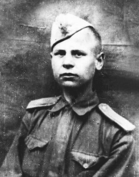 Иван Васильевич Русаков