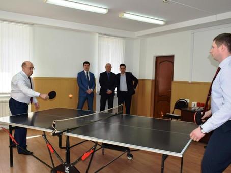 В Саратовском областном суде состоялся теннисный турнир