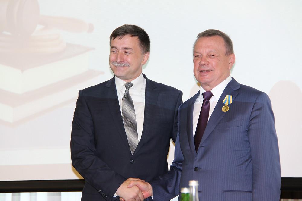 председатель Ставропольского краевого суда Е.Б. Кузин, председатель РОС Ю.И. Сидоренко