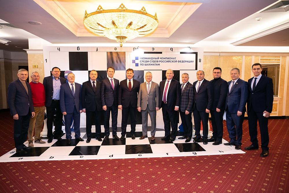 Почетные гости чемпиона по шахматам в Казани