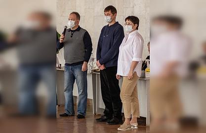 Председатель Волгоградского областного суда Глухов А.В. и прочие приветсвует участников турнира