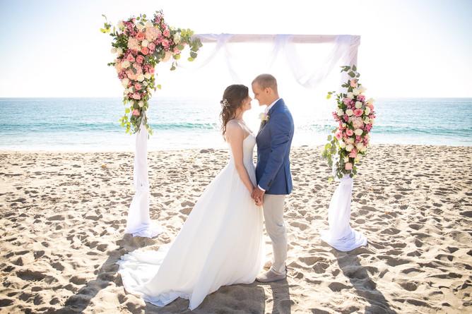 На сайте новый отзыв с солнечной свадьбы Дарьи и Максима в Лос-Анджелесе