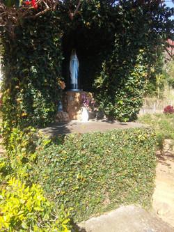 Gruta de N. Sra. De Lourdes
