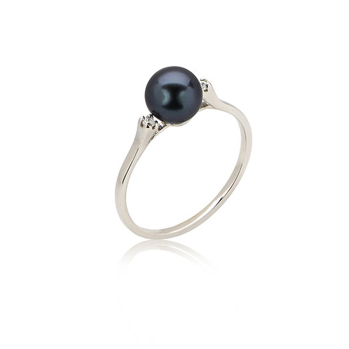 14Kt Genuine Pearl and .02cts Diamond Gold Ring - Size 7