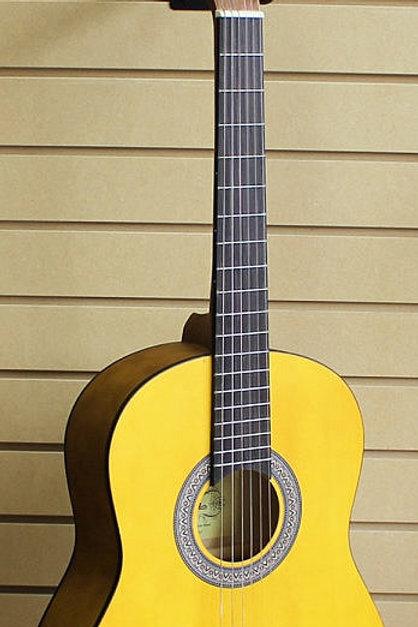 Aria Classical Guitar KM3601-NT