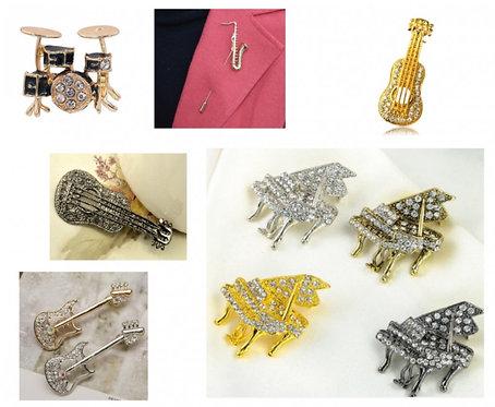 musical brooch