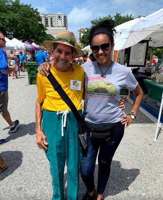 Sarasota Farmer's Market Fun!
