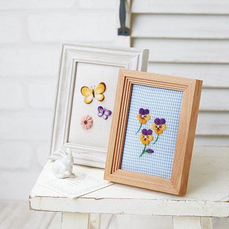 Viola flowers & butterfly 441-417