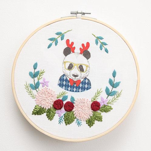 E03-7190 Ribbon panda