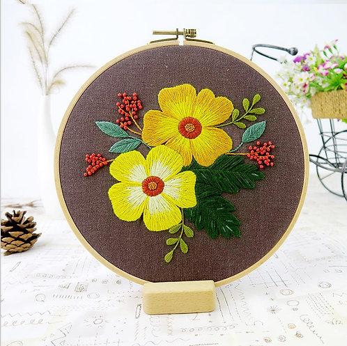 E03-511197 Yellow flower