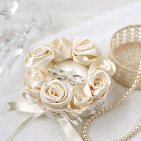 Champagne gold rose ring pillow 431-121