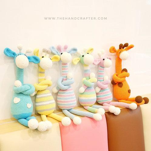 DIY crochet giraffe dolls