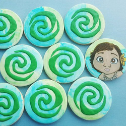 Moana cookie gift for a special little girl. ._._._.jpg
