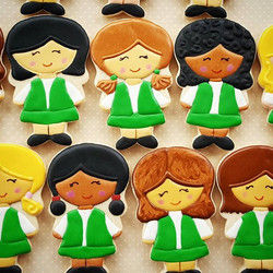 Loved making these Girl Scouts! Lots of icing colors! 😊 Cutter by _sweetsugarbelle_._._._._.jpg