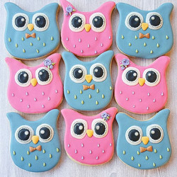 Gender reveal cookies! I will share the process once the secret has been revealed. 😀_._._._._.jpg