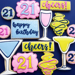 Absolutely LOVED making this 21st birthday set!! ._._._._.jpg