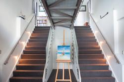Stair case to air bridge