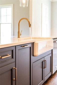 ElevationBuildingCompany-Marietta-Ellis113-FarmhouseSink.jpg
