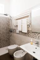 mono koupelna s wc.jpg