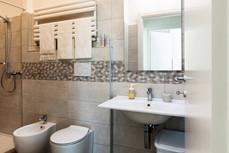 trilo 2 patro koupelna 1.jpg