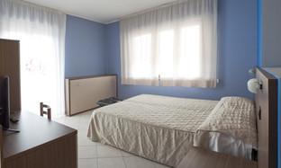dvojlůžkový pokoj2.jpg