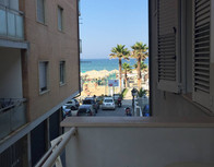 pohled z balkonu mono.jpg
