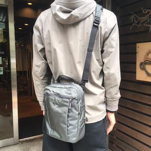 万能ショルダーバック SlingBlade 4 Sholder Bag