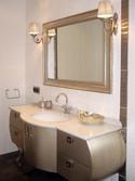 Gümüş renkte tasarladığımız bir başka banyo..