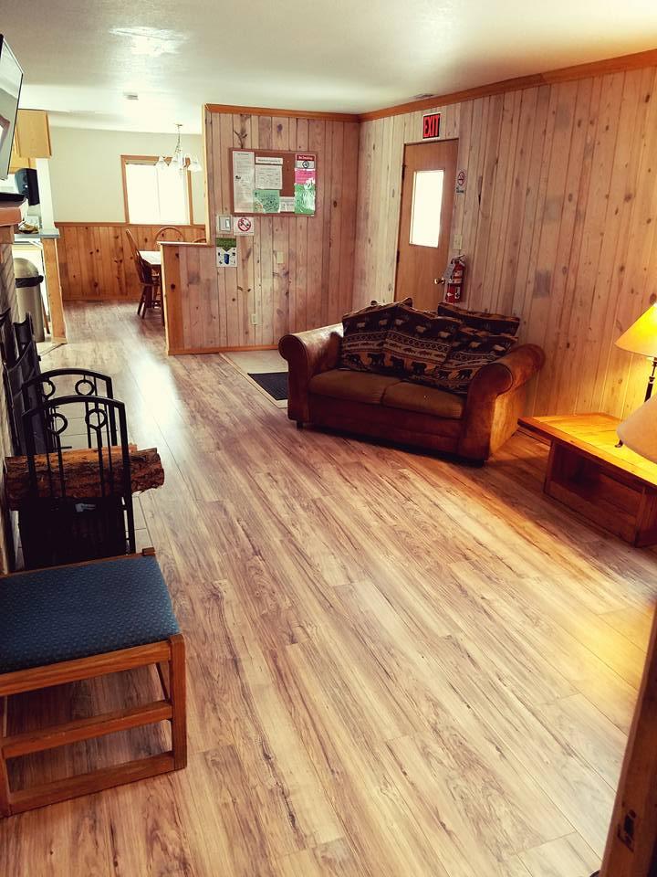 Kinnickinnik Living Room