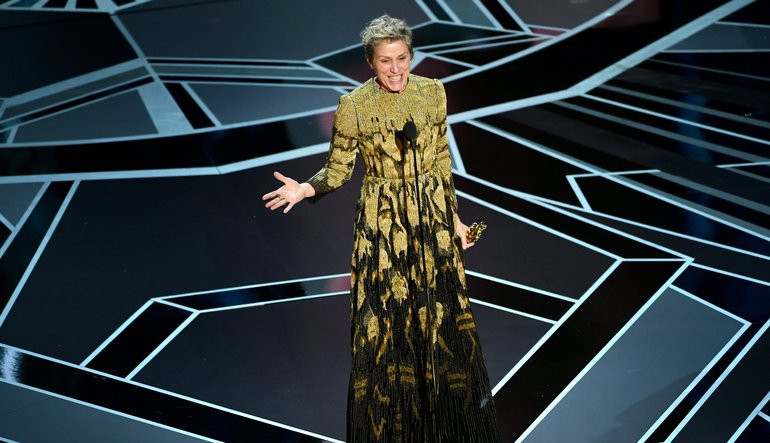 Frances McDormand accepting Oscar award for Best Leading Actress at the 90th Academy Awards in 2018.