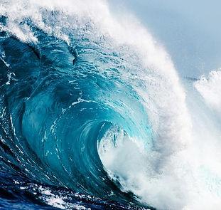 221659-680x450-huge-ocean-waves.jpg