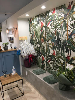 Botanical salon