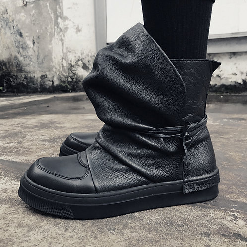 HAT TONGUE LEATHER HIGH-TOP SNEAKER