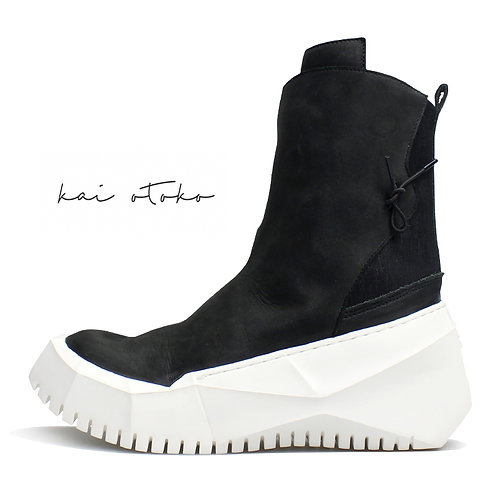 POLYGON SOLE MATTE LEATHER HI-TOP SNEAKERS