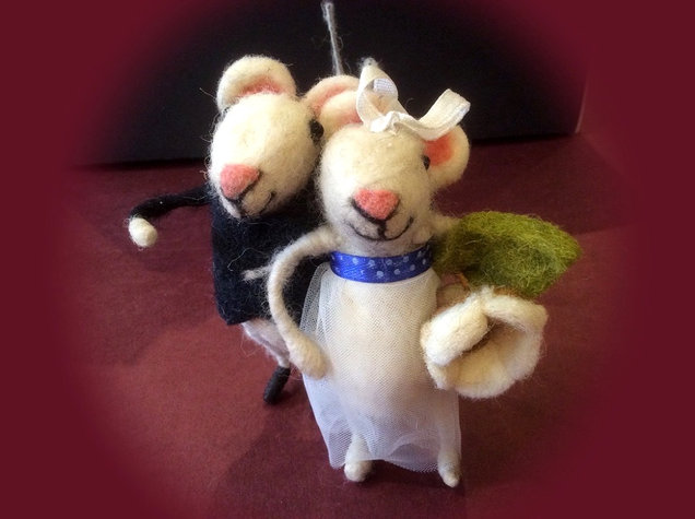 Felted Bride and Groom Mice