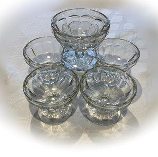 Vintage Style Glass Sundae Dishes