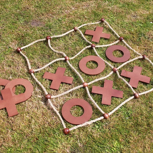 Giant Noughts and Crosses Garden Game Hire