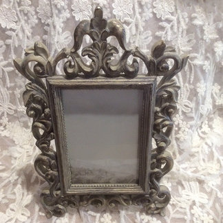 Vintage Style Decorative Photo Frame