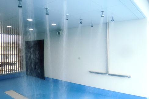 プール用 強制シャワー