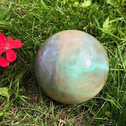 Groene maansteen voor stroming en liefde