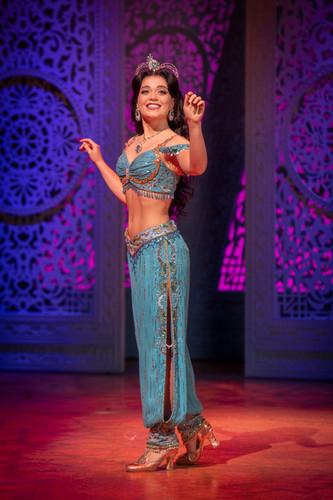 Nienke Latten - Aladdin