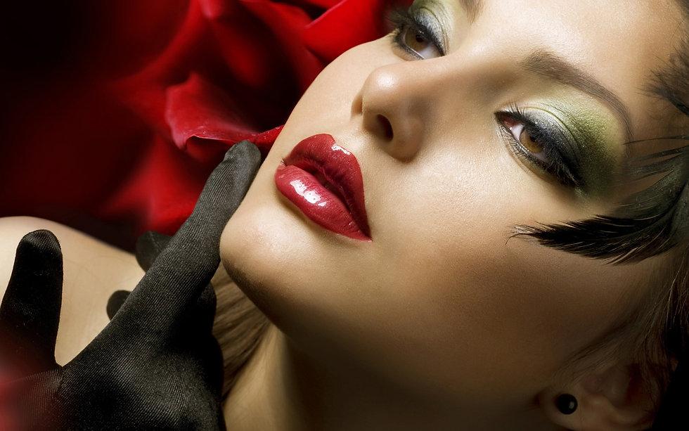 Sunny Leone Red Lips HD Wallpaper.jpg
