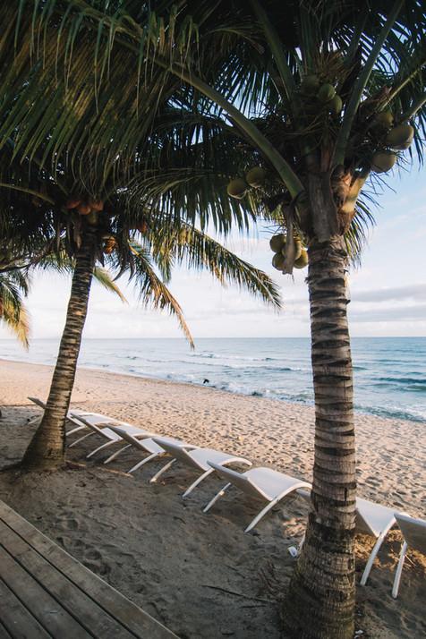 beach, tela, playa escondida, playa, beachfront, beach apartment, beach hotel, hotel de playa, airbnb, trivago, tripadvider, roatan, expedia, kayak